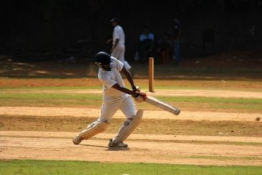 क्रिकेट (प्रतीकात्मक फोटो)