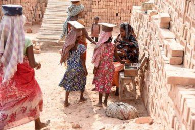 महिला और बाल मजदूर, मनरेगा
