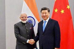 चीन के राष्ट्रपति शी जिनपिंग के साथ प्रधानमंत्री नरेंद्र मोदी