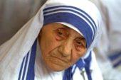 मदर टेरेसा : एक उजाला जिसकी कुछ परछाइयां भी हैं